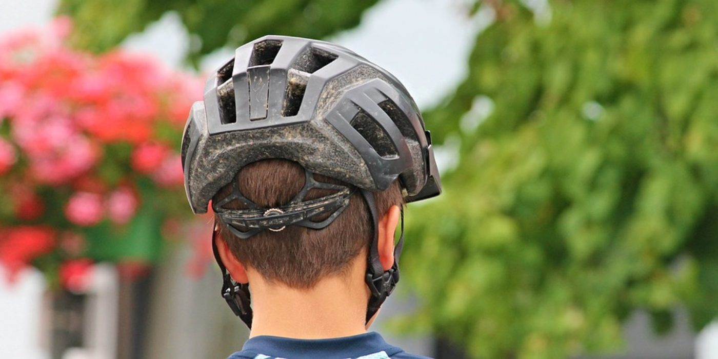 bicycle-helmet-2452192_960_720